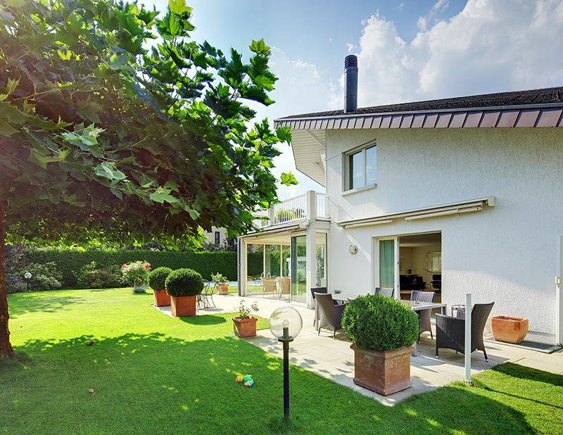 Einfamilienhaus mit herrlichem Garten und Aussenpool