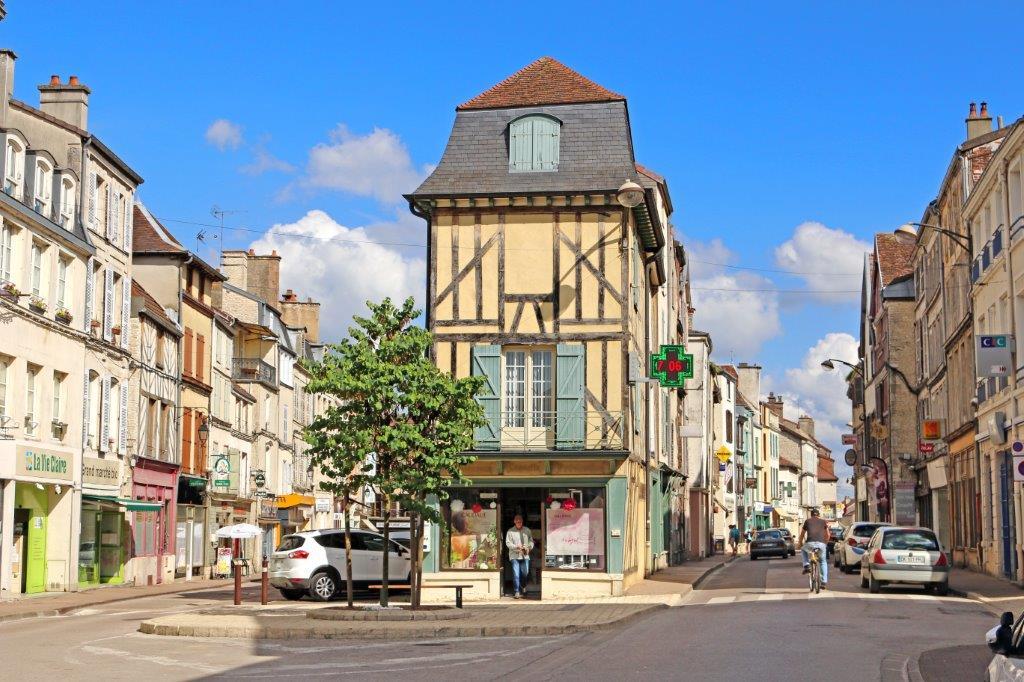 Bar Sur Aube Champagne Ardennes (14).jpg
