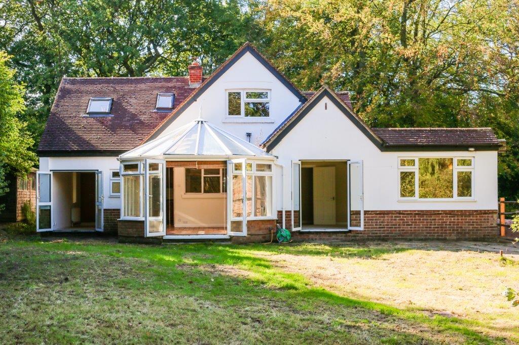 Chaldon Caterham Surrey (13).jpg