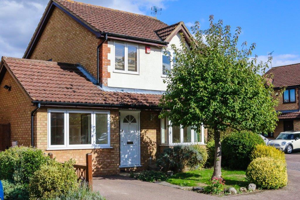 Aston Clinton Buckinghamshire (3).jpg