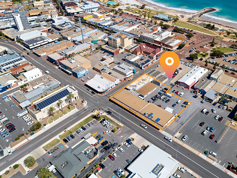 Leased Freehold Shops – 8% + Yield