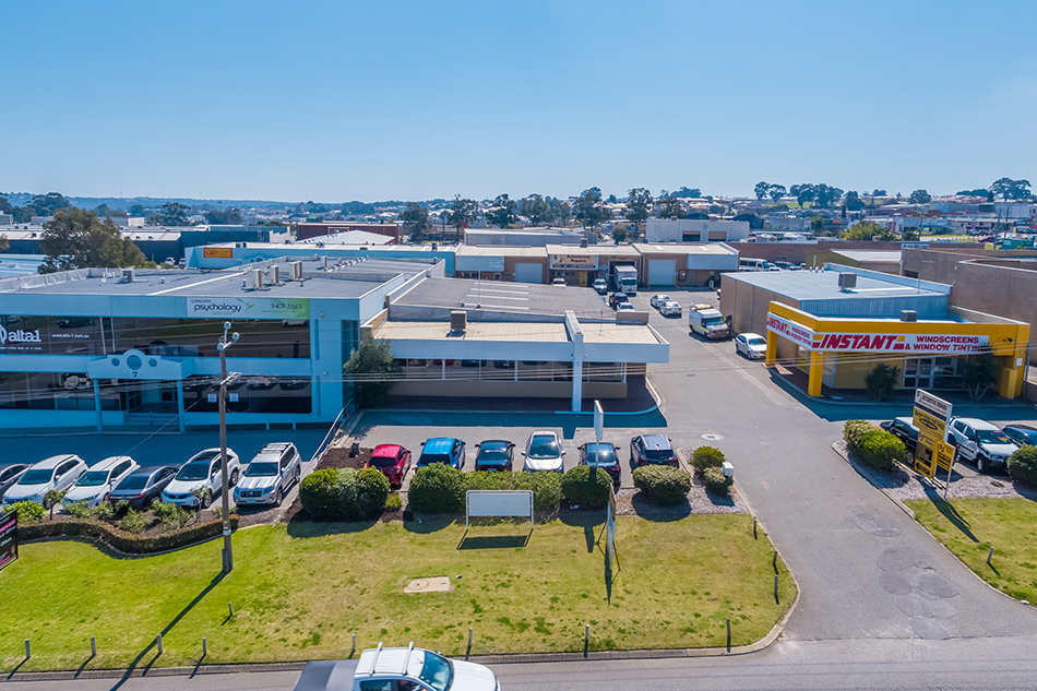 Very Rare Street Front Opportunity on Prindiville Drive, Wangara