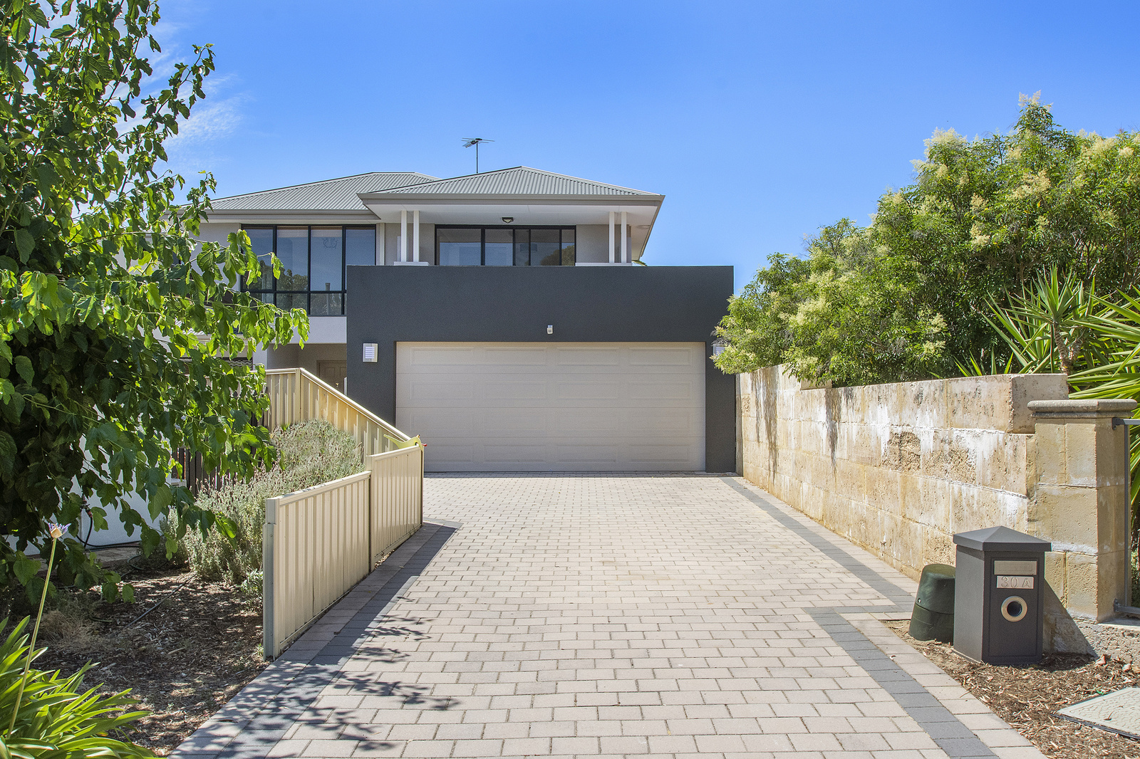 Parkside Perfection Within Family Friendly Pocket Of Karrinyup