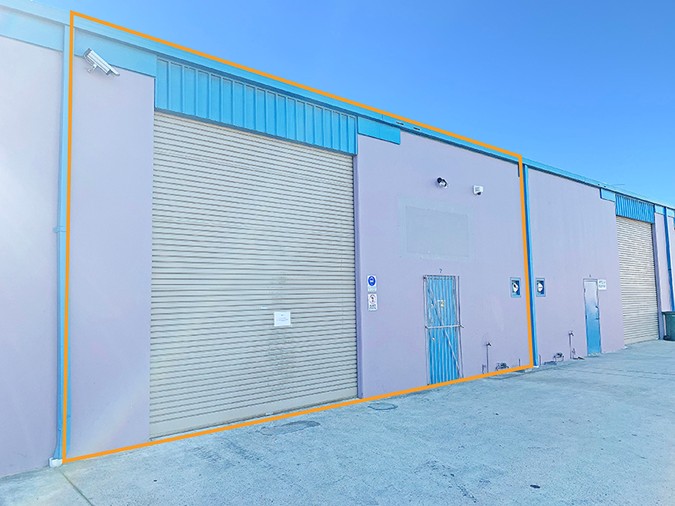 200sqm* Warehouse with Tidy Admin Office Facilities
