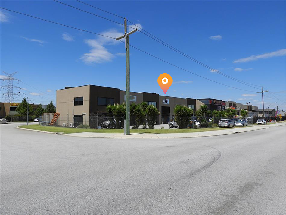 270sqm* Warehouse Opportunity with Expansion Potential!