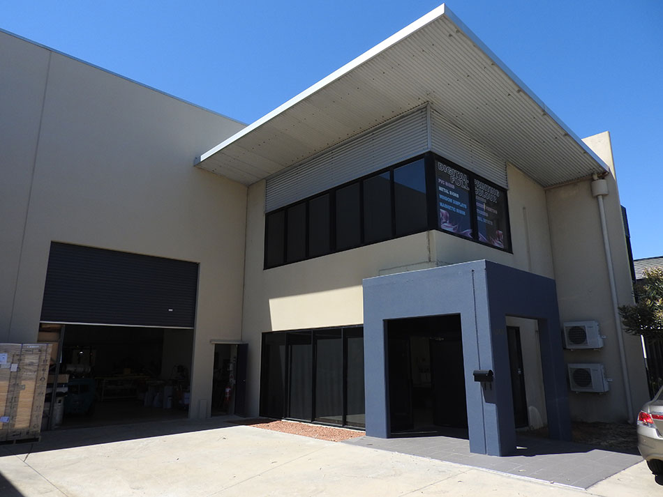401sqm* Office/Warehouse Unit