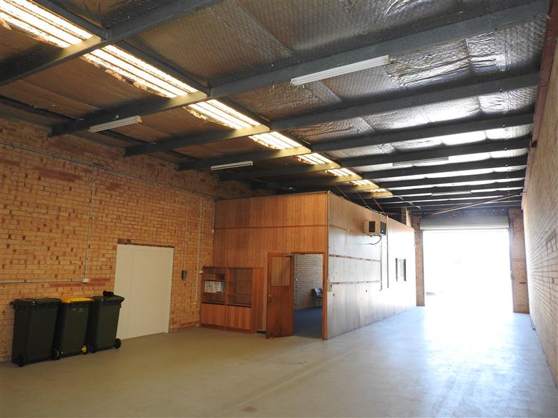 Great little unit in top location burgess rawson for 189 st georges terrace perth