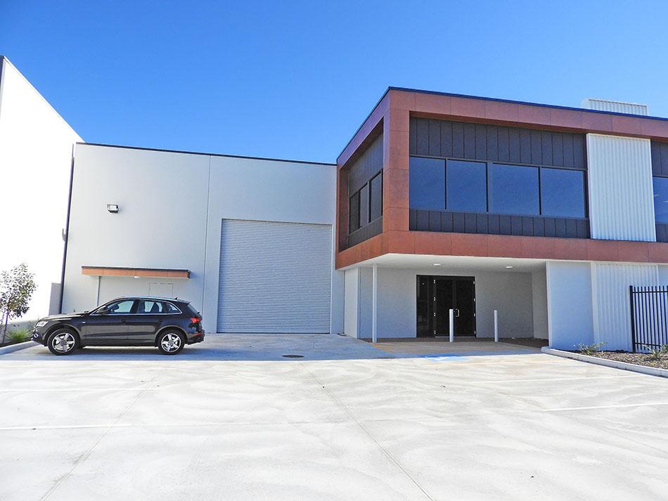 New 865sqm* Office/Warehouse Unit