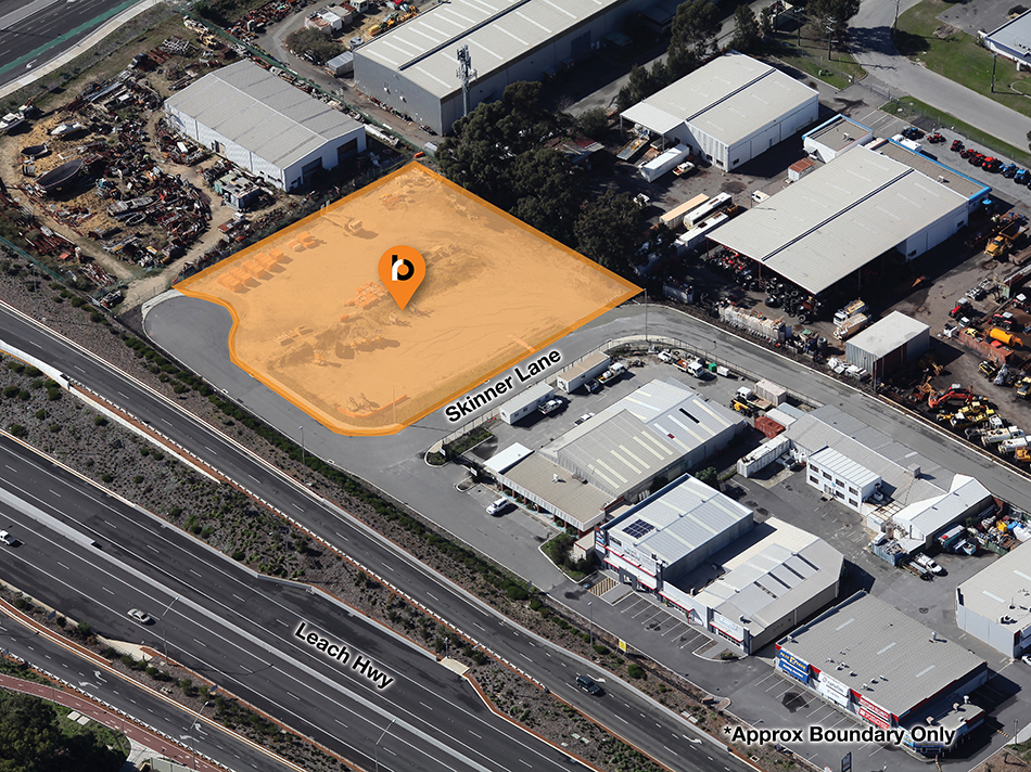 Build with Leach Hwy Frontage