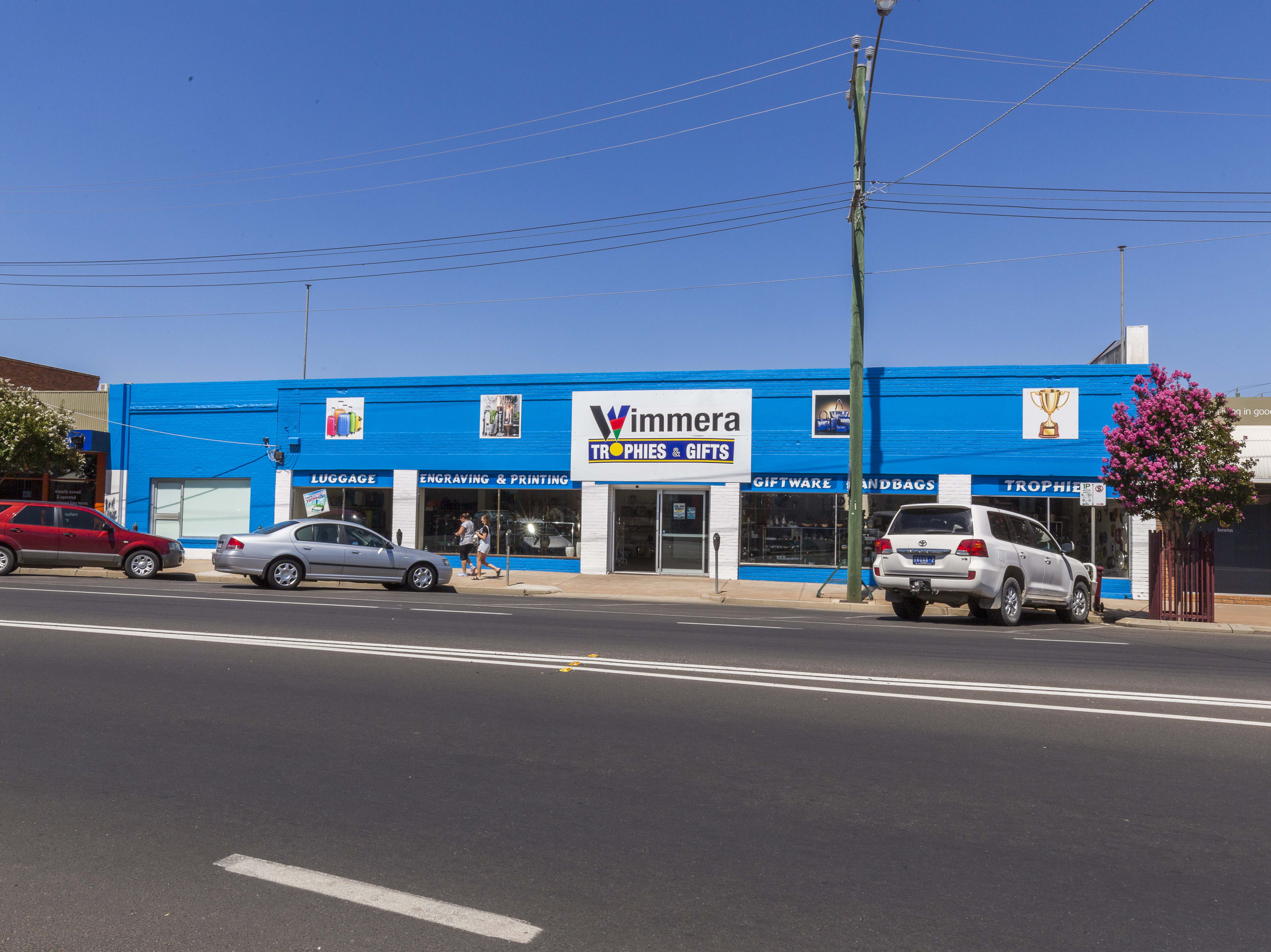 Prime CBD Freehold Metres from Woolworths & K-Mart