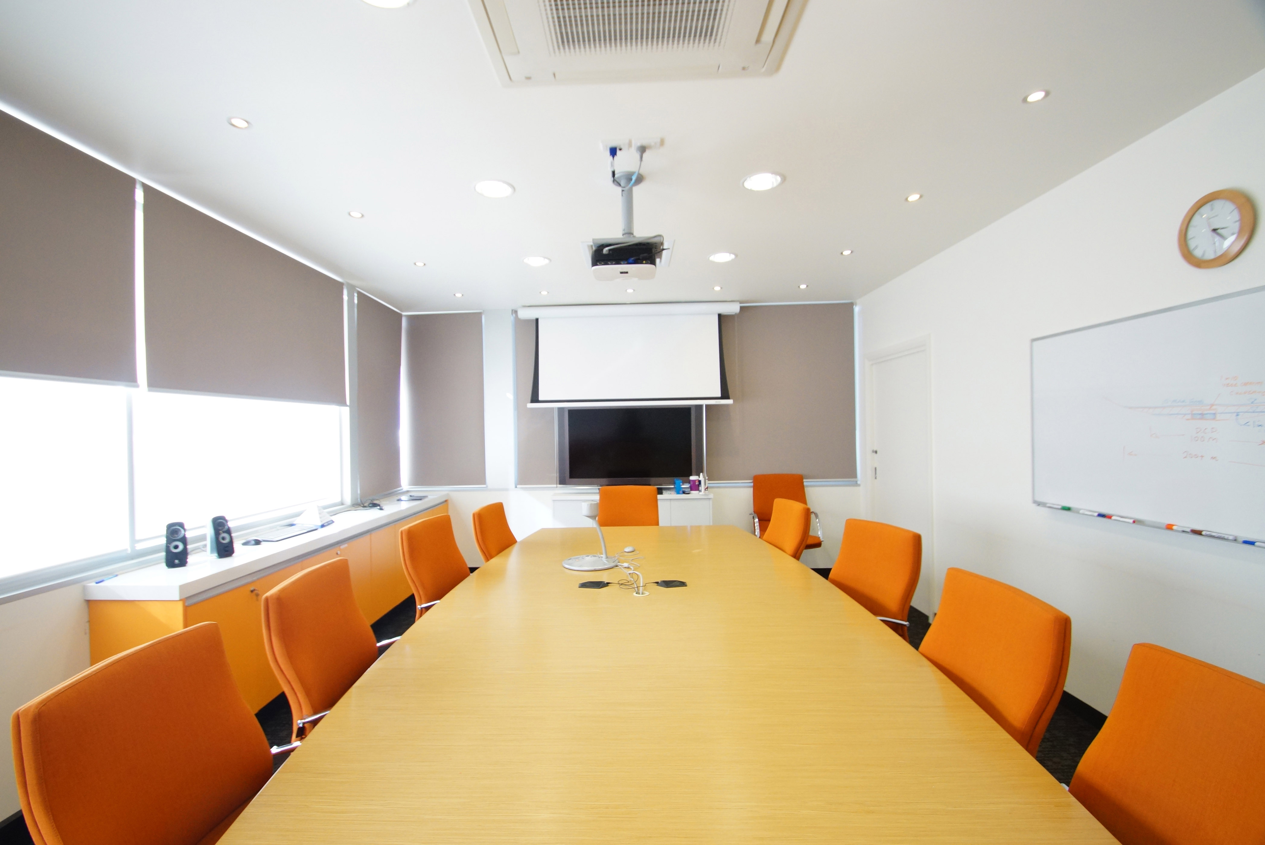 Quality single level office building investment burgess for Burgess builders