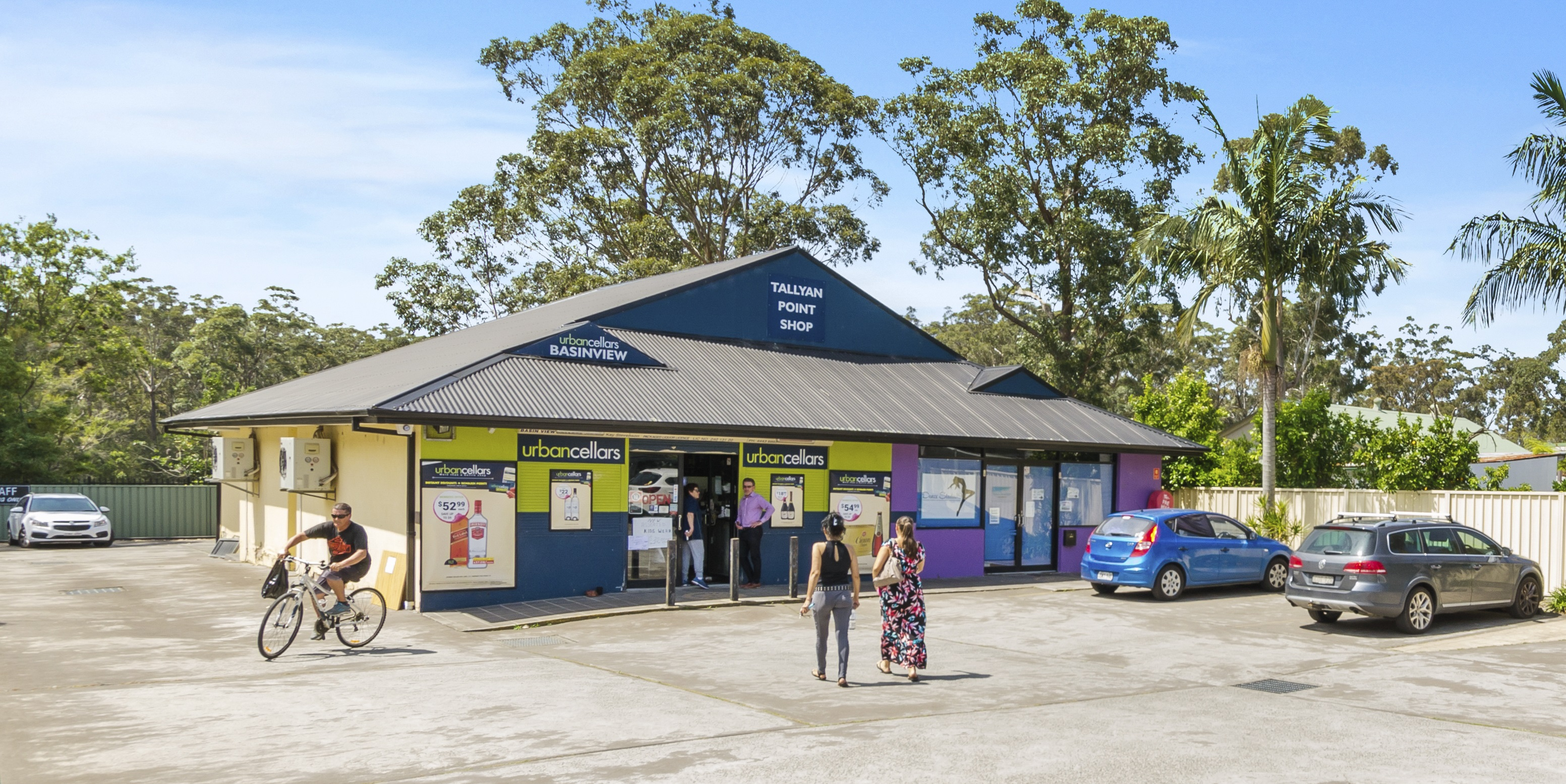 Affordable Freehold South Coast Investment Anchored by Bottle Shop