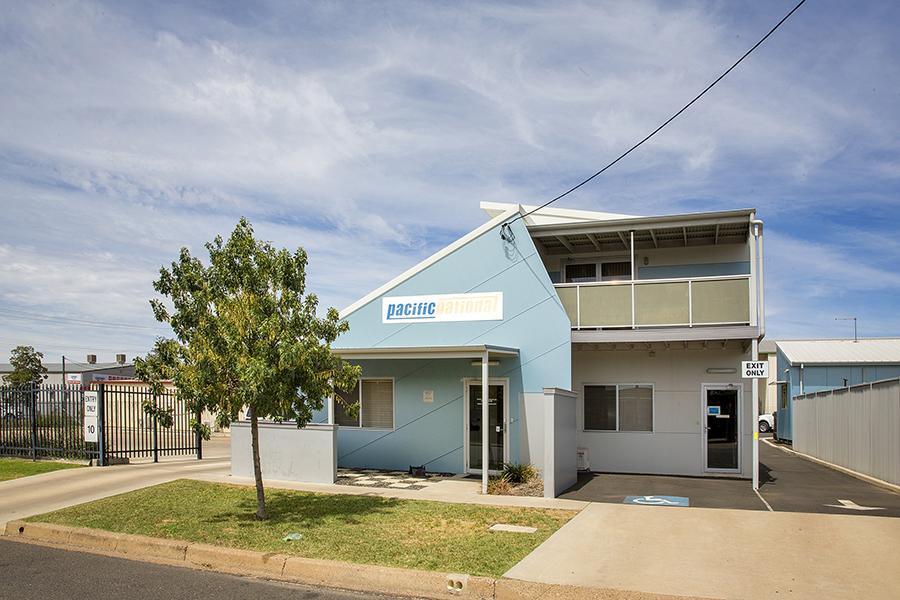 Impressive & Affordable Modern Freehold Investment