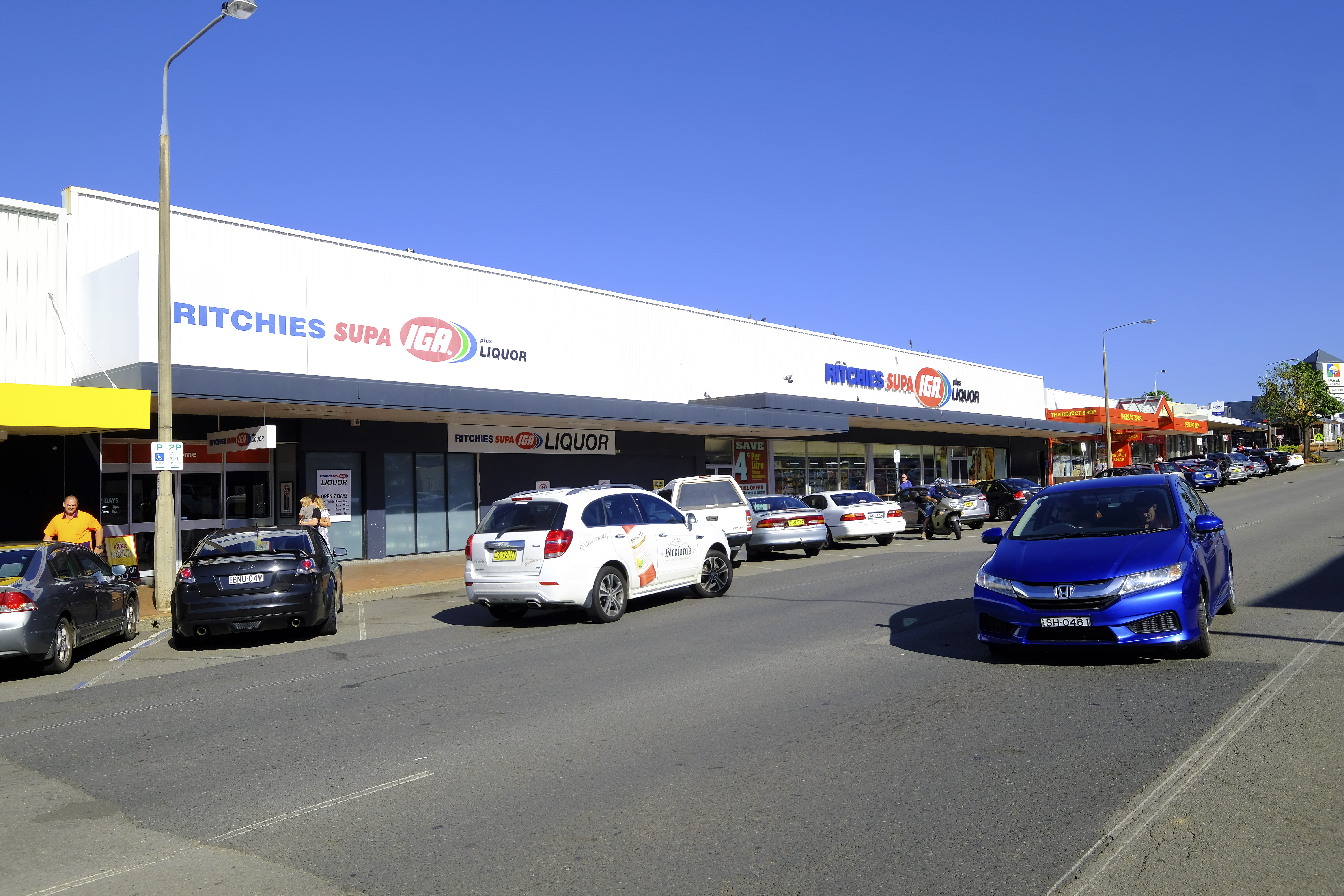 Trophy IGA Supermarket + Liquor 15 Year Direct Lease to Ritchies IGA