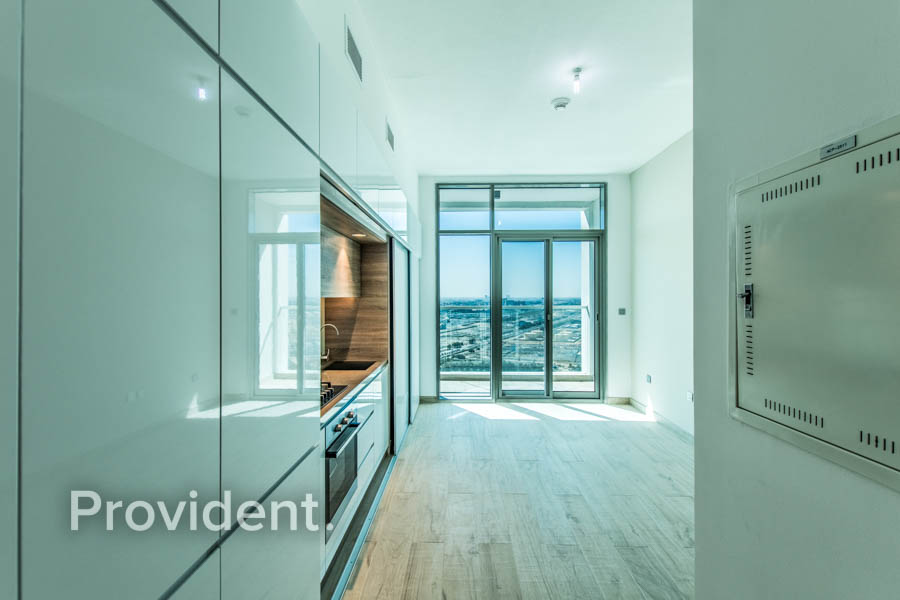 Partial Sea View | Unfurnished | High floor
