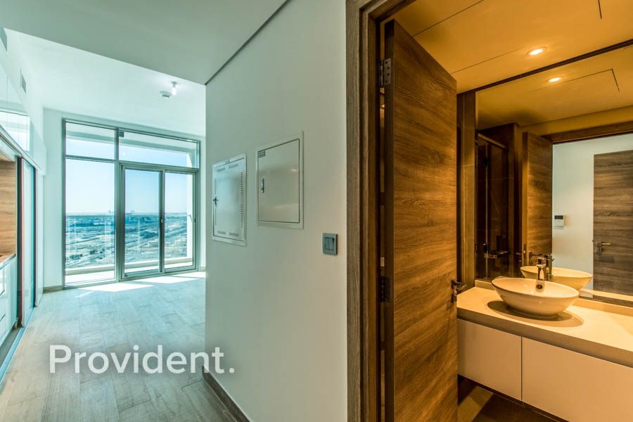Partial Sea View | Tenanted | High Floor