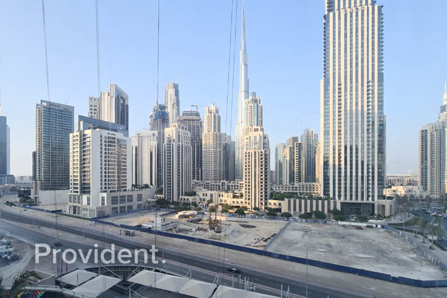 Burj Khalifa View - Vacant - Fully Fitted