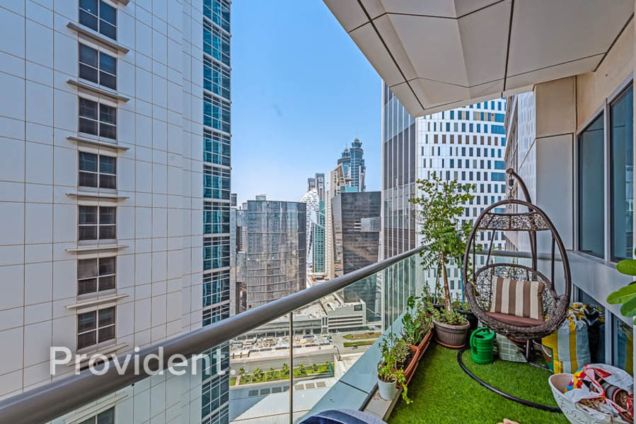 Spacious Apartment/City View/Canal View