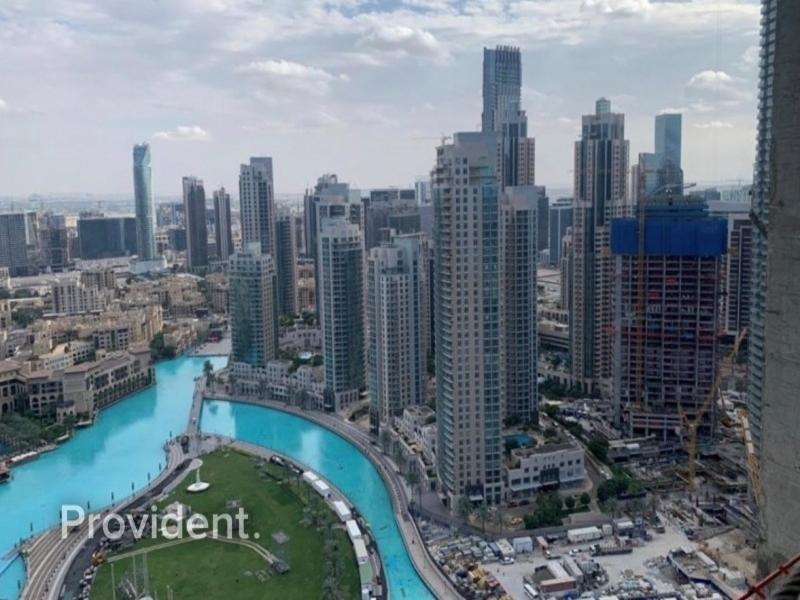 Full Floor, Burj Khalifa and Fountain Views