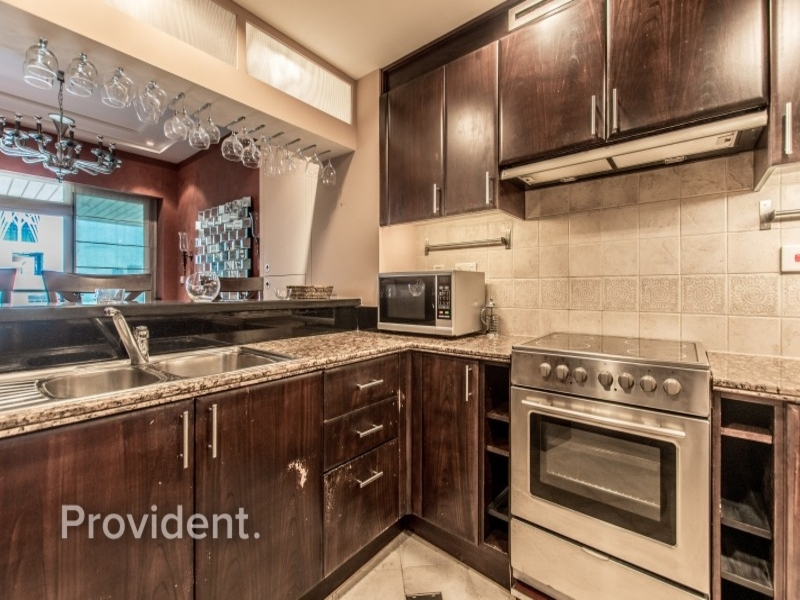 Fully Upgraded| Furnished | Full Marina View