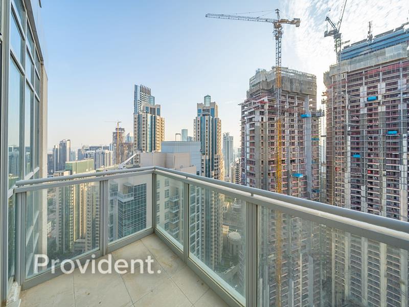 High Floor   Unbeatable Location   Spacious