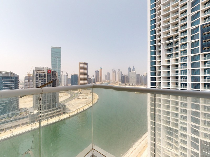 Luxurious Fully Furnished with Stunning View