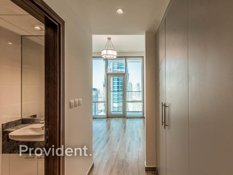 Ready to Move | Luxurious | Spacious | Prime Area