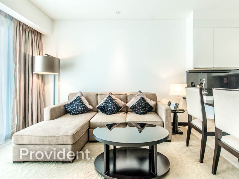 Luxurious unit | Bills included | Best price