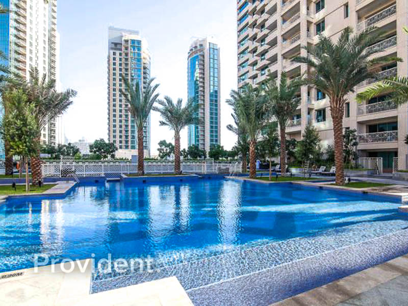 Alluring Fountain View with En Suite Bedrooms