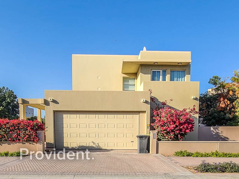 Fully Upgraded | Golf View | Private Pool
