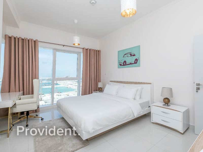 Amazing View, Luxury Living, First Class Amenities