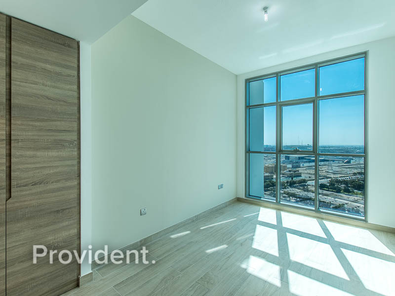 Partial Sea View | Unfurnished | Mid Floor