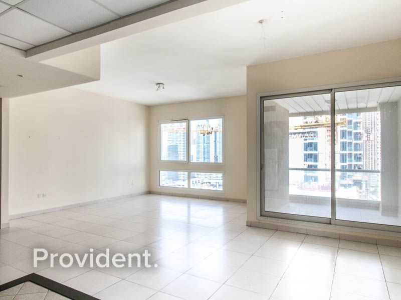 1 Month Free | Spacious and Bright | Marina View