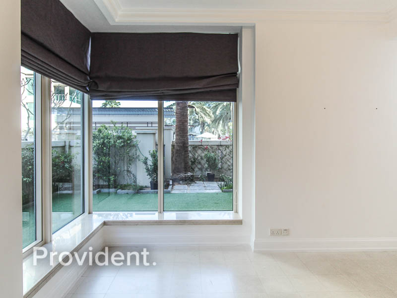 Perfect for family | Private Garden | Spacious
