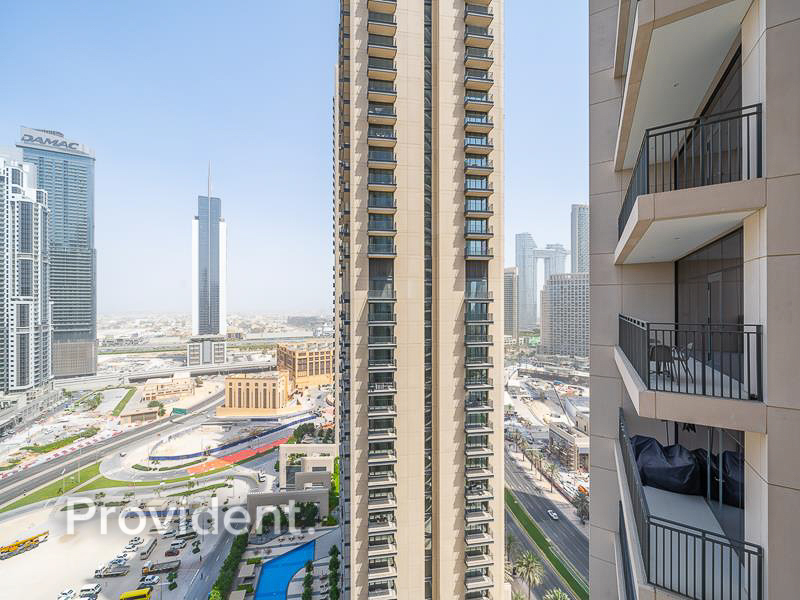 Stunning View | Two Balconies | Tenanted