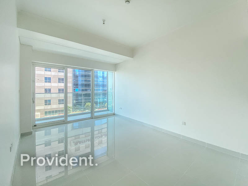 Prime location   Exceptional amenities   Sea view