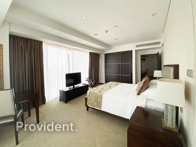 5 Star Living |First Class Amenities |Large Layout