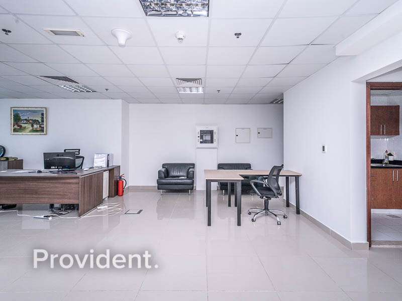 Furnished - High Floor - Bright Office