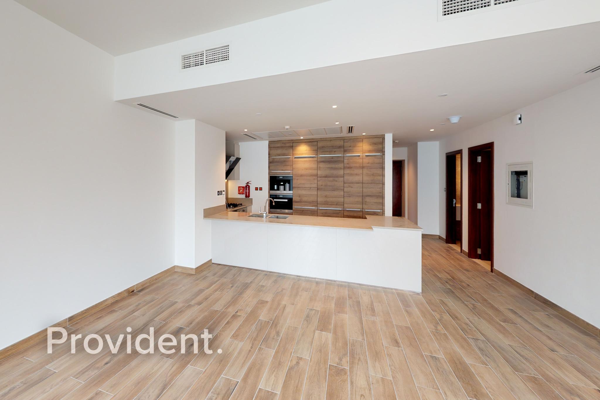 Full Marina View   2BR Duplex Villa   Vacant Unit
