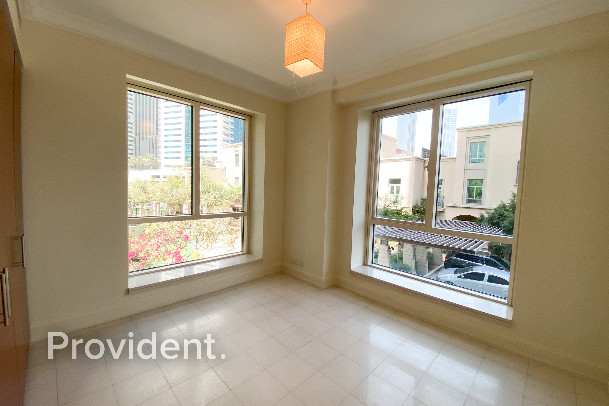 Spacious 3BR+Maids | Low Floor | Move In Ready