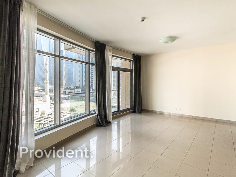 Marina Views | Iconic Location | Investors Deal