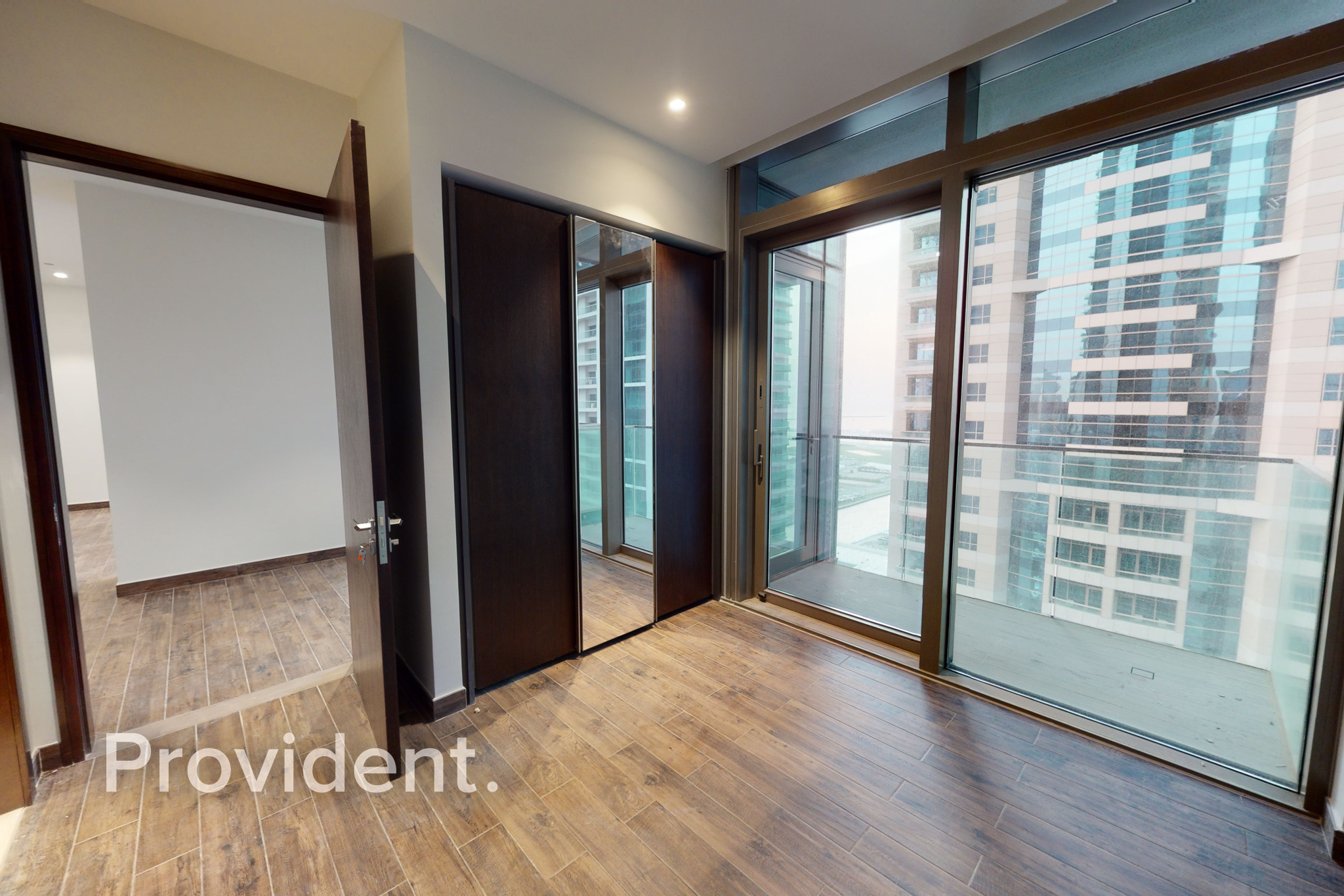 Luxurious 3BR Corner Unit+ Maids|Mid Floor|Vacant
