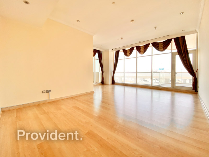 3 Balconies | Spacious Layout | Negotiable