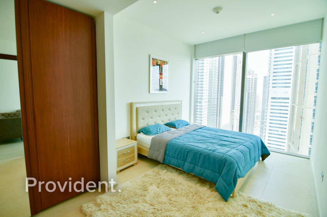 Huge Layout |High Floor| Furnished | Move In Ready