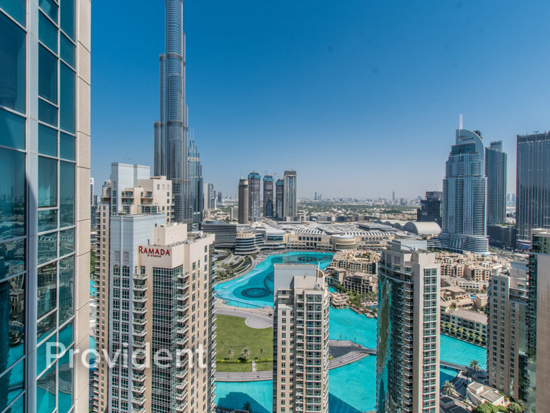 Burj & Fountain View | Genuine