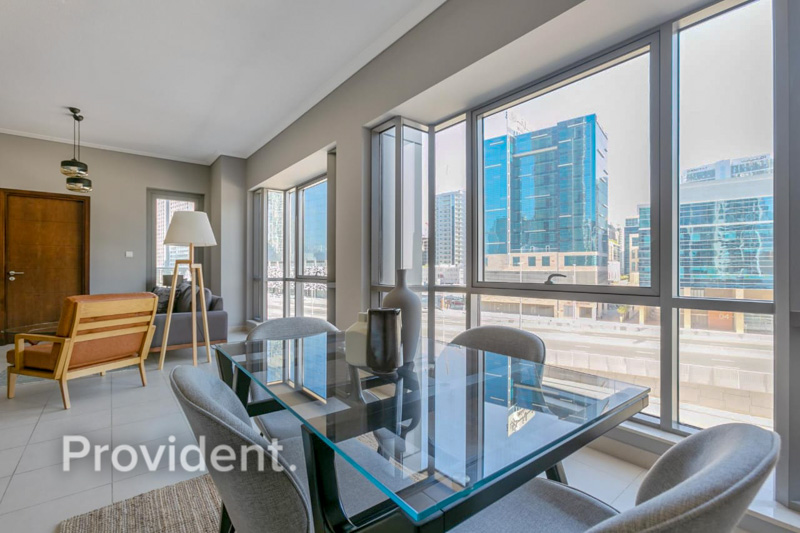 Spacious Low Floor with City Views