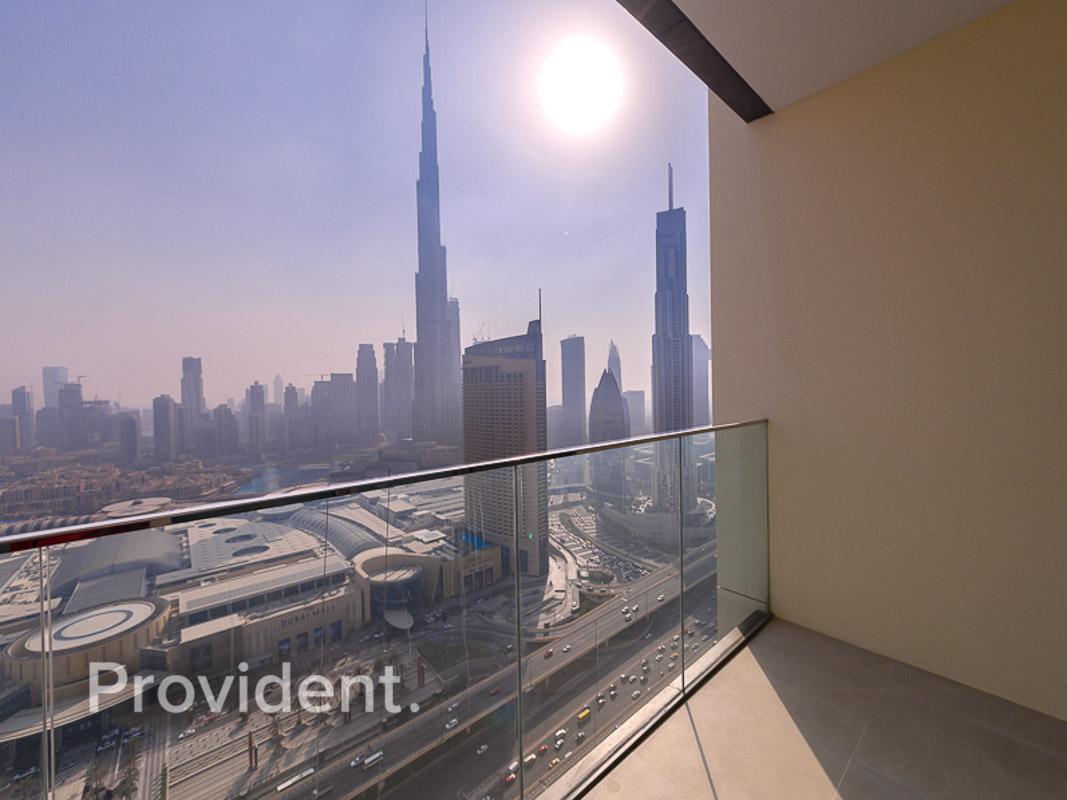 Full Burj Khalifa View | Connected to Dubai Mall