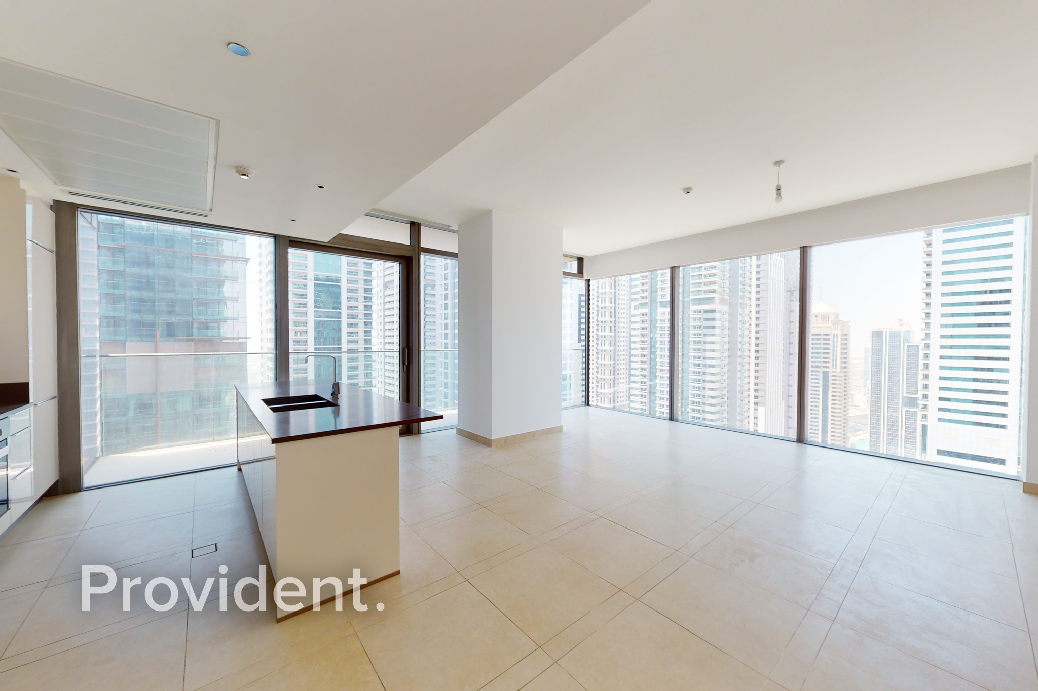 Corner Unit|Large Layout|High-Floor|Move In Ready