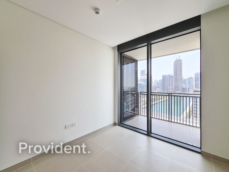 Brand New Apartment   Luxurious   Available Now
