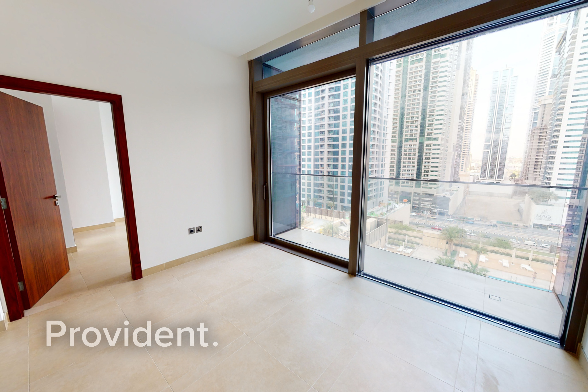 Affordable Contemporary 1BR   High End Facilities
